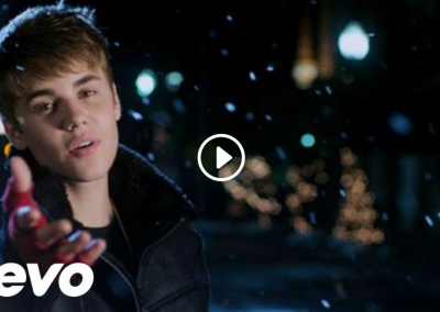 Justin Bieber Misletoe Music Video